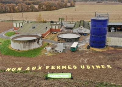 Escoubès : la ferme-usine de 17 000 porcs annuels est en construction